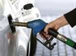 Автолюбители запасаются топливом впрок