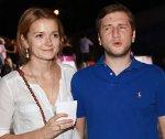 Надя Михалкова будет жить с отцом