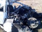 На Ставрополье водитель иномарки погиб при столкновании с «КаМАзом»