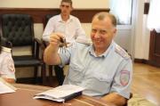 В Ставрополе полицейским торжественно вручили ключи от новых квартир